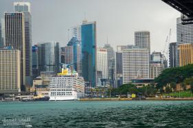Cruiseship in Circular Quay