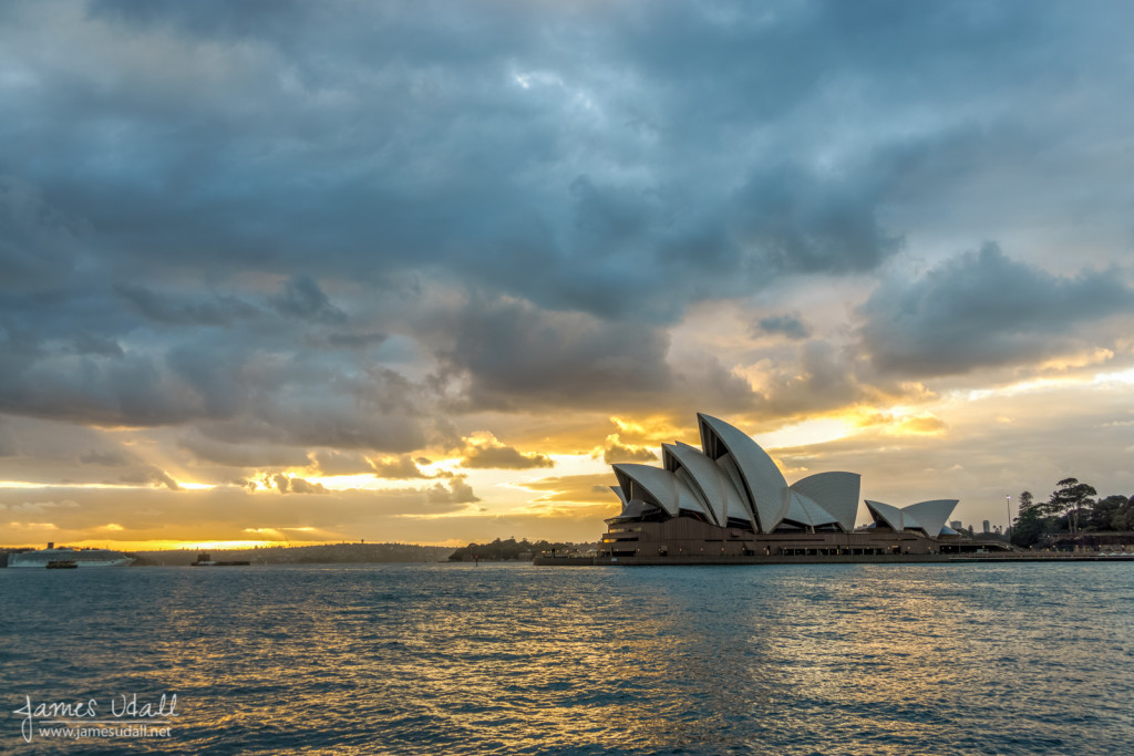 Sunrise at Sydney Harbour and Opera House
