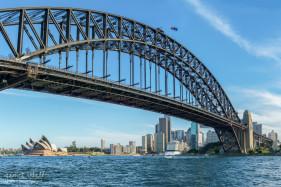 Harbour Bridge Midday