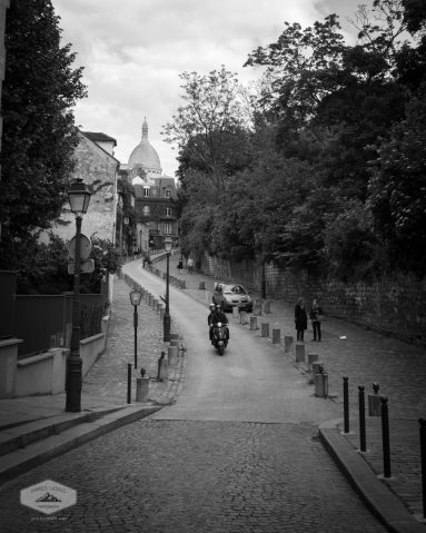 Street below Sacre Coeur