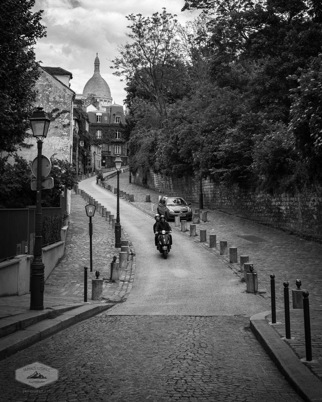 Street below Sacre Coeur